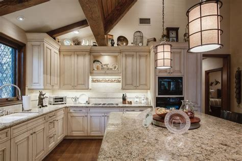 cottage kitchen remodel 14 best cottage in the woods images on 2658