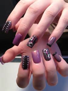 Examples of latest trends in nail art for the current year