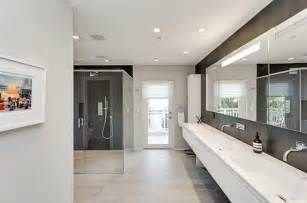 modern master bathroom with handheld showerhead slate