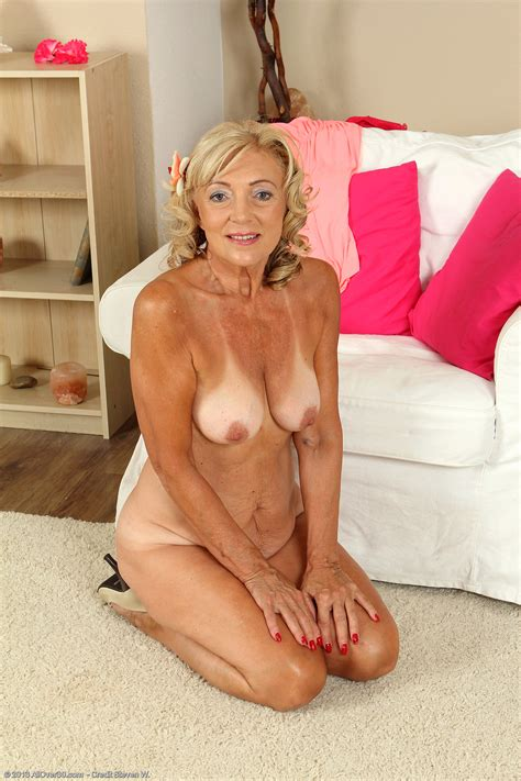 Year Old Kamilla Exclusive Milf Pictures From