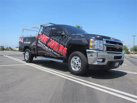 vinyl graphics  wrap  utility truck westminster ca