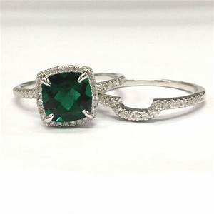top hints for selecting an emerald engagement ring With emerald wedding ring sets