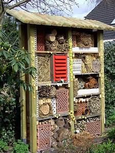 Landhaus Garten Blog : landhaus blog insektenhotel f r den garten selber bauen video wohnideen pinterest ~ One.caynefoto.club Haus und Dekorationen
