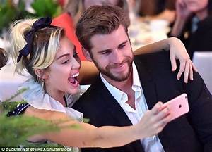 Miley Cyrus and Liam Hemsworth to start family in 2017 as ...