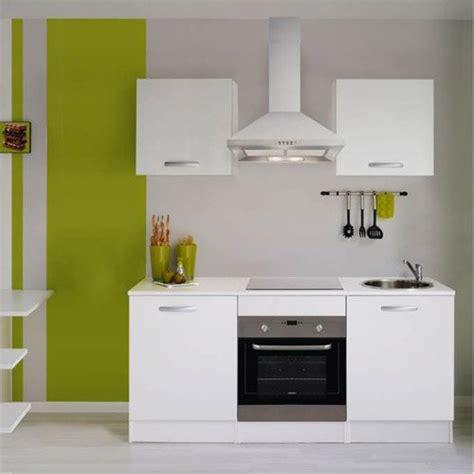 cuisine pas chere en kit meuble de cuisine cuisine aménagée cuisine équipée en