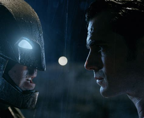 New 'batman Vs Superman' Pics Revealed Batman, Wonder
