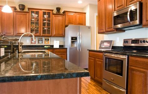 what is the most popular granite countertop color home
