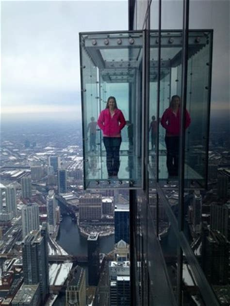 Willis Tower Observation Deck Parking by Hanging Out On The Ledge Picture Of Willis Tower