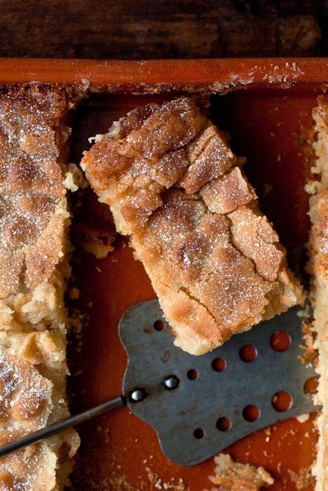 delicious reasons  eat cake  breakfast gooey