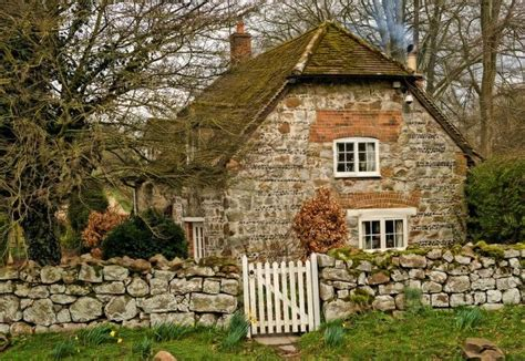 The Murmuring Cottage Photo  Tolle Häuser Haus