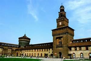 Milano: Castello Sforzesco ©JKScatena Photography