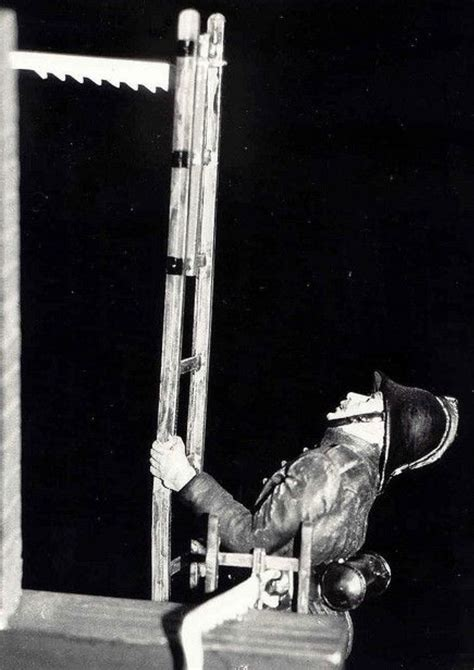 Single Ladder, Hook Ladder Drill 1950-60s With Oxygen ...