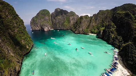 Boat From Phuket To Phi Phi by Phi Phi Island Deluxe Plus Yao Yai Island By Speed Boat