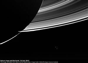 Earth-Moon image by Cassini, from Saturn - The Virtual ...