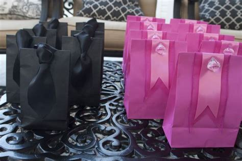 party gift bag ideas  adults gift bag pinterest