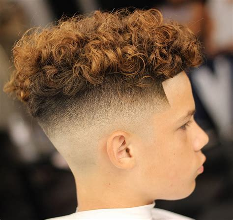 Hairstyles For Boys With Curly Hair by Best 34 Gorgeous Boys Haircuts For 2018