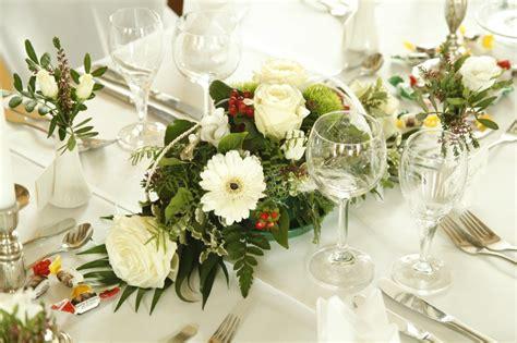 Blumen Hochzeit Dekorationsideengarten Hochzeit Deko by Ingenium Design Und Kommunikationsmedien Design Aus Mainz