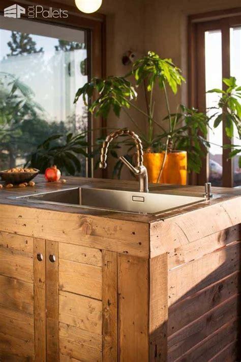 entire modern kitchen    pallets  pallets