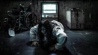 Scariest Halloween Attractions 2017 knott s berry farm brings vr haunted attraction to theme