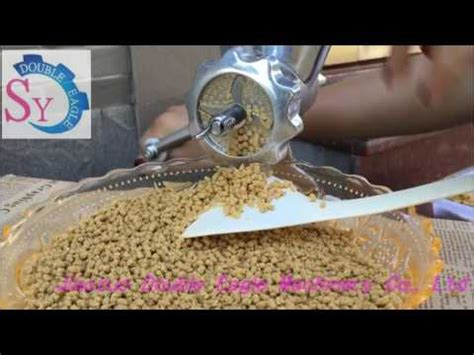 household manual animal feed pellet machine poultry fish feed extruder machine youtube