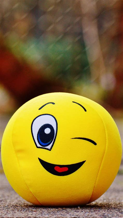 Download wallpaper 1080x1920 ball, smile, happy, toy samsung galaxy s4, s5, note, sony xperia z ...