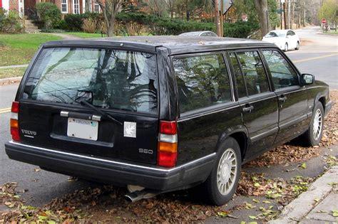 volvo  base dr station wagon  spd auto wod