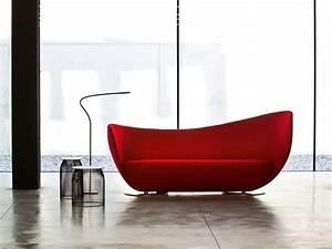 Canape moderne 75 modeles pour un salon tendance for Tapis de gym avec canape vega