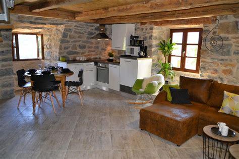 chambre d hote dans les gorges du tarn gîte insolite original et design en duplex avec cuisine