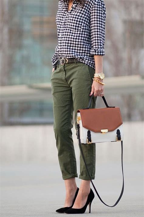 Women Cargo Pants Outfits -17 Ways to Wear Cargo Pants