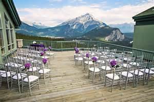 wedding ideas on a budget an mountaintop wedding in banff weddingbells