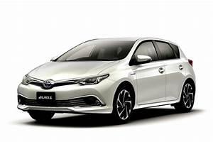 Essai Toyota Auris Hybride 2017 : toyota auris hybrid and 120t rs package launched in japan autoevolution ~ Gottalentnigeria.com Avis de Voitures