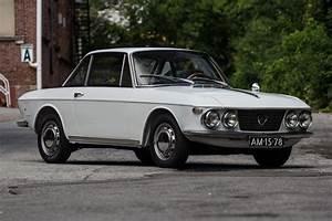 Lancia Fulvia Coupé : 1968 lancia fulvia coup series i petrolicious ~ Medecine-chirurgie-esthetiques.com Avis de Voitures