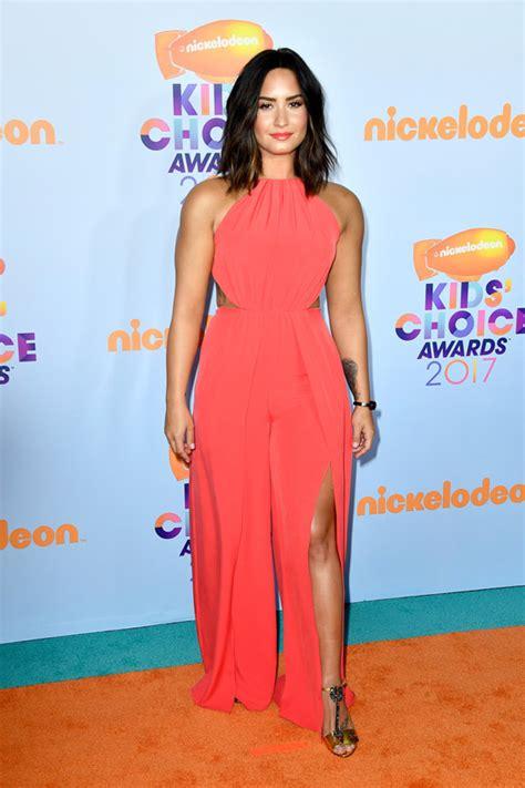 Demi Lovato introduces a Bold New Fashion Concept at the Kidsu2019 Choice Awards | Tom + Lorenzo