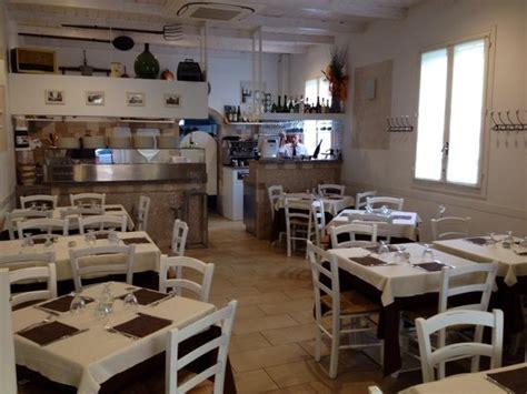 arredare una pizzeria il piccolo borgo castel maggiore ristorante recensioni