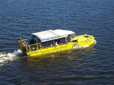Boston Boat Show Specials by Duck Tours Quintessential Boston Tourism The Boxer