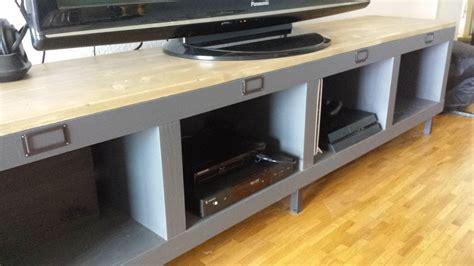 ikea expedit bureau banc télé de style industriel avec kallax bidouilles ikea