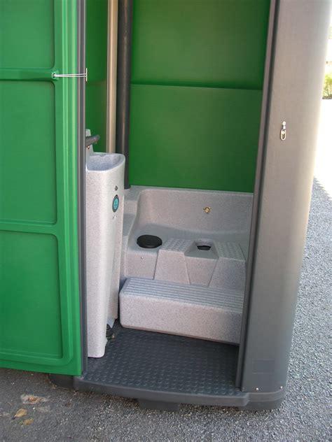 vente toilettes sanitaires wc mobiles d 233 pla 231 able chantier