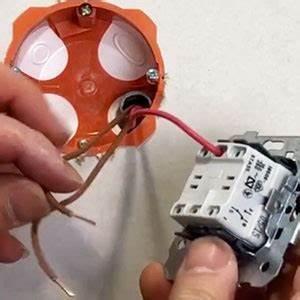 Cabler Un Va Et Vient : comment brancher un interrupteur va et vient blog 123elec ~ Voncanada.com Idées de Décoration