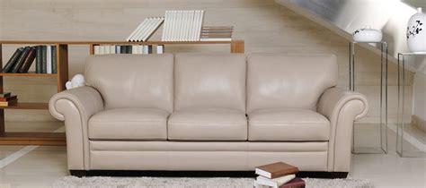 canapé chesterfield beige sofás clásicos