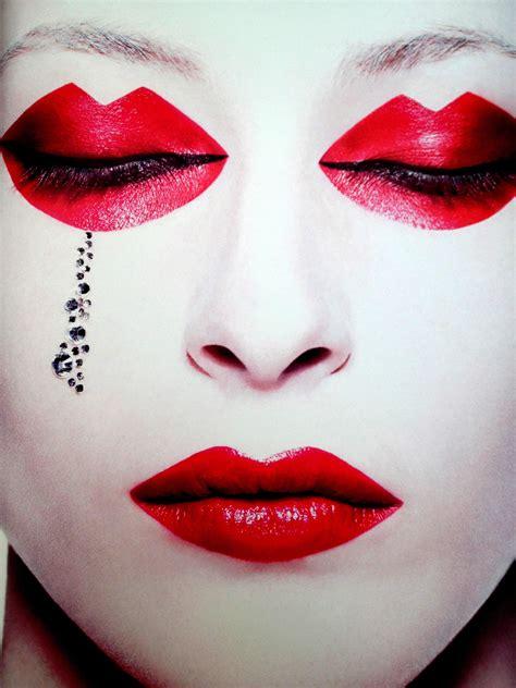 eccentric makeup  photography  rankin scene
