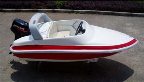 Invader Mini Boat by 10 Ft Logoboats Racer Mini Power Boat Mouse