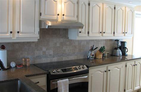 comment peindre meuble cuisine repeindre meuble cuisine chene 9 comment for peindre
