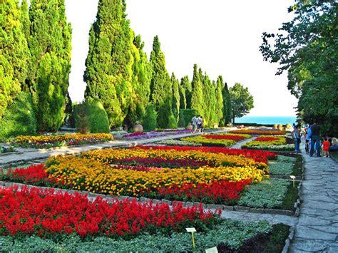 Botanischer Garten Cluj by ботаническа градина забележителности до топола скайс