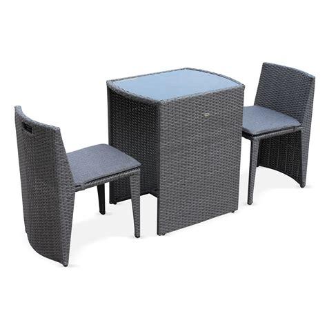 salon de jardin pour 2 personnes table et chaise de jardin en bois maisondours
