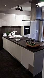 Küche T Form : h cker musterk che moderne h cker t k che grifflos ~ Michelbontemps.com Haus und Dekorationen
