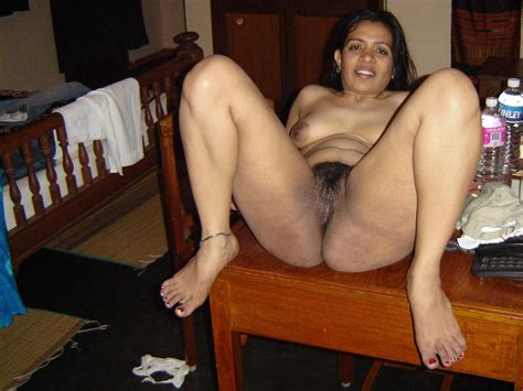 Free Pictores Of Hairy Mature Pussy