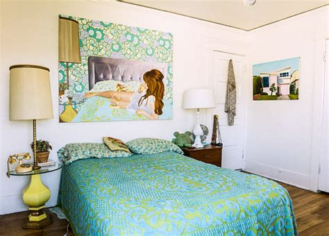vintage bedroom ideas    unique statement