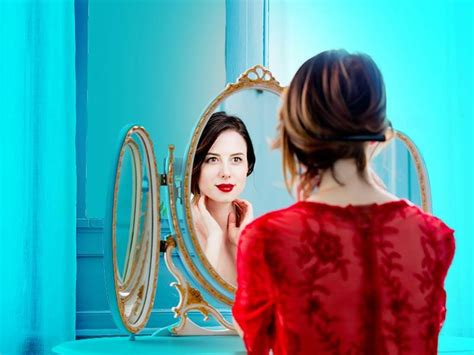 Signs that reveal that you are self-obsessed - lifealth
