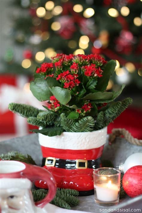 red  white christmas mantel sand  sisal