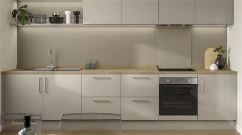 greenwich gloss pebble kitchen fitted kitchens howdens